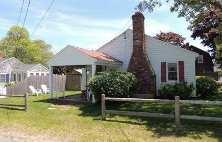 Harwich, Campground Cape Cod vacation rental - Covered porch