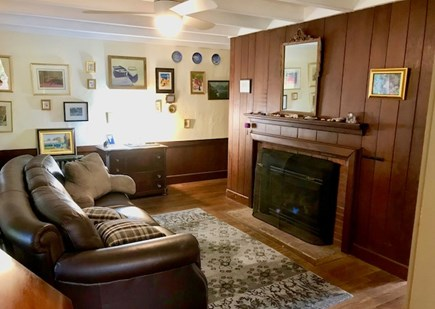 Orleans Cape Cod vacation rental - Additional Sitting Room leading to porch