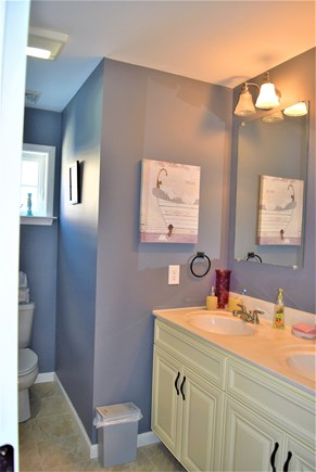 West Yarmouth Cape Cod vacation rental - 2nd floor bath