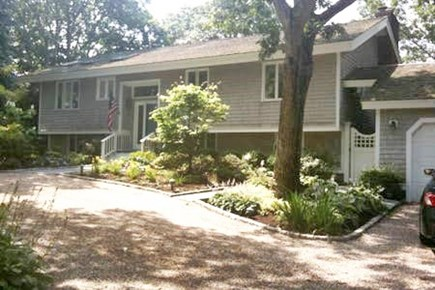 New Seabury New Seabury vacation rental - Front of house from street - Driveway can comfortably fit 4 cars