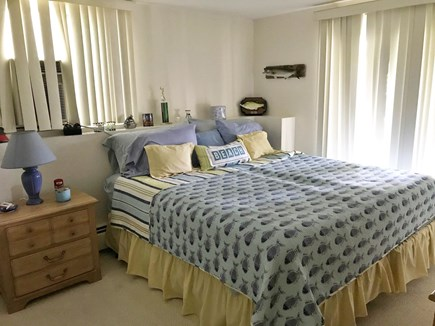 New Seabury New Seabury vacation rental - Guest bedroom - Pool level King or 2-XL Twins