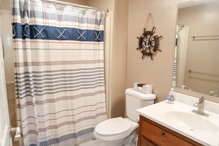 Chatham Cape Cod vacation rental - Those two bedrooms share this hallway full bath.