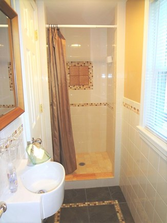West Dennis Cape Cod vacation rental - Guest Bath