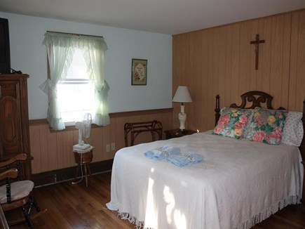 Dennis Port Cape Cod vacation rental - First Floor Bedroom