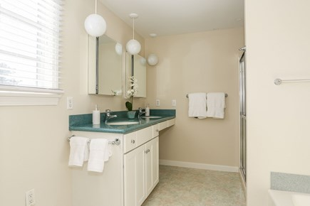 Chatham Cape Cod vacation rental - Guest bedroom has this private full bath