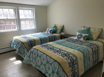 Eastham near the bayside Cape Cod vacation rental - Twin Bedroom - Second Level