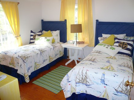 Truro Cape Cod vacation rental - Bedroom with 2 Twins in Apartment