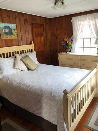 Bourne, Gray Gables Cape Cod vacation rental - Master bedroom - (queen-sized bed)