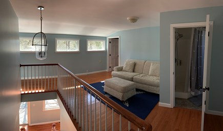 Brewster Cape Cod vacation rental - Upper level sitting area