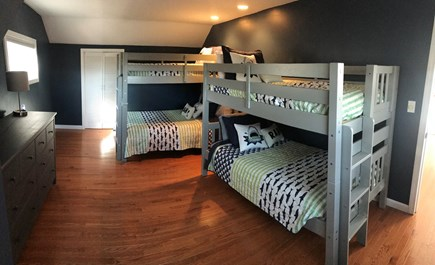 Brewster Cape Cod vacation rental - Upper level bunk room