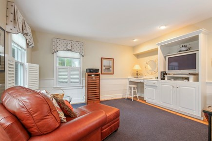 Chatham Cape Cod vacation rental - Den/TV lounge