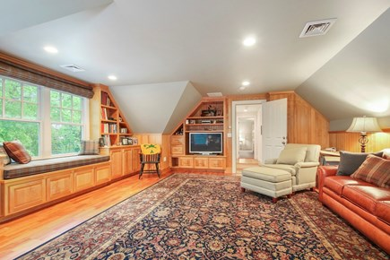Chatham Cape Cod vacation rental - Den/library