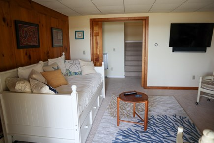 North Chatham Cape Cod vacation rental - Lower level day bed twin with trundle under