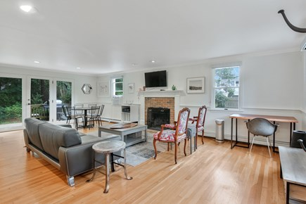 Chatham, 26 Andover Drive Cape Cod vacation rental - Living Room Area