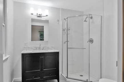 Chatham, 26 Andover Drive Cape Cod vacation rental - Bathroom