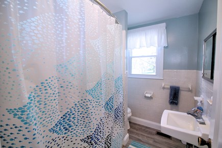 Eastham Cape Cod vacation rental - First floor full bathroom with tub/shower