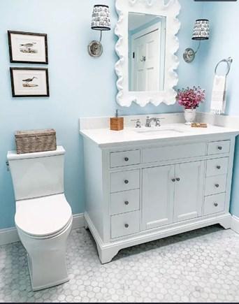 Centerville Cape Cod vacation rental - Main bathroom
