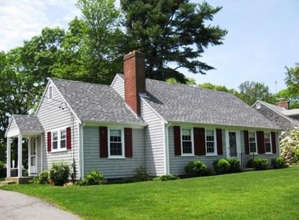 Bourne, Gray Gables Cape Cod vacation rental - Welcome to Gray Gables!