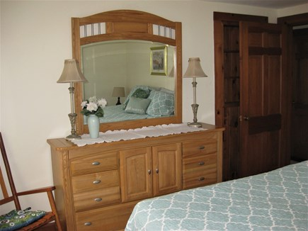 Bourne, Gray Gables Cape Cod vacation rental - Ample storage - bureaus and closet space
