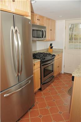 East Sandwich Beach.  Just off Cape Cod vacation rental - Modern kitchen, granite, dishwasher, gas range, microwave.