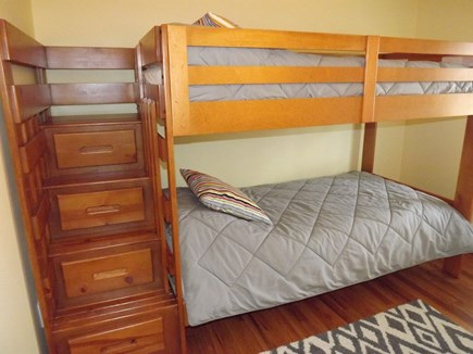 Chatham Cape Cod vacation rental - Twin bedroom bunk room