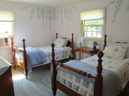 East Orleans Cape Cod vacation rental - Bedroom with two twins