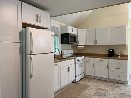 Centerville Centerville vacation rental - Fully equipped kitchen with microwave, toaster, and coffee maker.