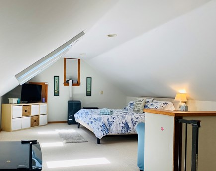 Brewster Cape Cod vacation rental - Upstairs bedroom, King, Twin and full sleeper