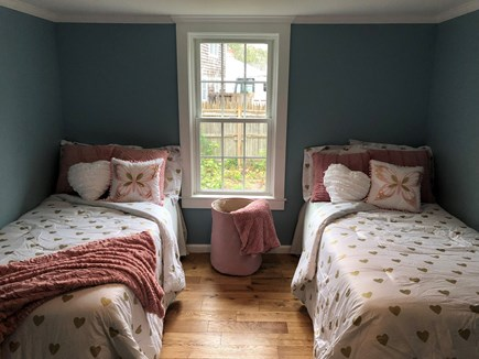 Dennisport Cape Cod vacation rental - Two twins overlooking the garden