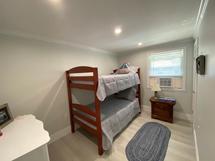 Brewster Cape Cod vacation rental - Twin bunk beds