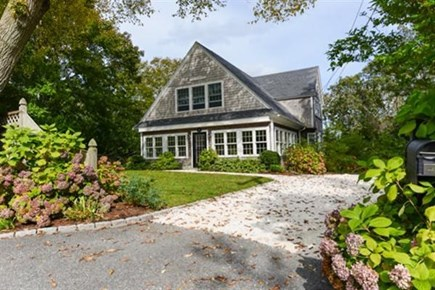 Hyannis, Centerville Cape Cod vacation rental - Front of House
