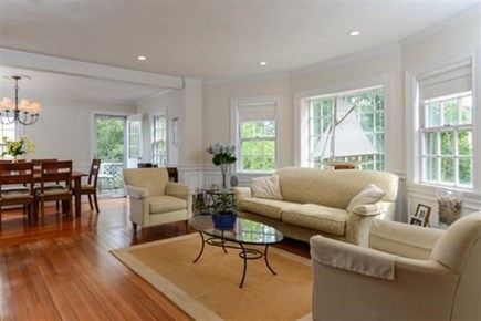 Hyannis, Centerville Cape Cod vacation rental - Living Room
