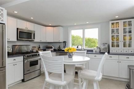 Hyannis, Centerville Cape Cod vacation rental - Eat in Kitchen