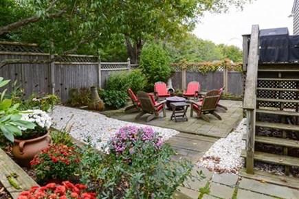 Hyannis, Centerville Cape Cod vacation rental - Patio and Garden