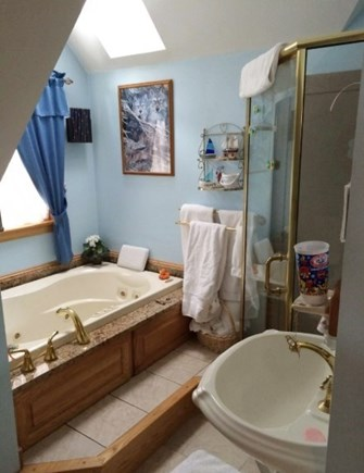 Mashpee Cape Cod vacation rental - Full bathroom with separate shower