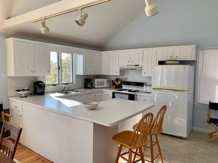 Chatham Cape Cod vacation rental - Kitchen w/ breakfast bar