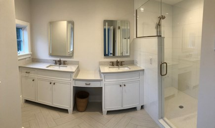 Orleans Cape Cod vacation rental - Two Master Bathrooms
