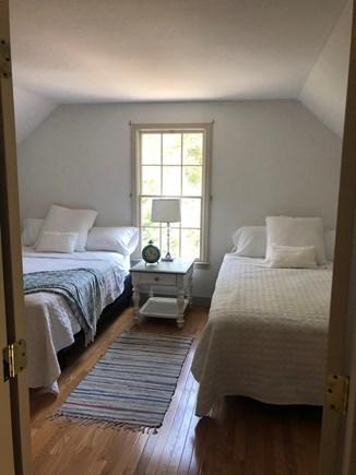 Cotuit Cotuit vacation rental - 2 Queen Beds - Jack & Jill bath with walk in closet