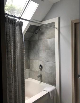 Cotuit Cotuit vacation rental - Bathroom