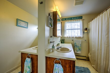 Sandwich, Sagamore Beach Cape Cod vacation rental - Full Bath on upper level with double vanity