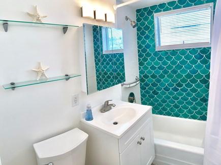 Provincetown, Mews #1 Cape Cod vacation rental - Bathroom