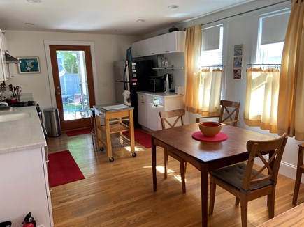 Provincetown, Near the center Cape Cod vacation rental - Dining/kitchen area