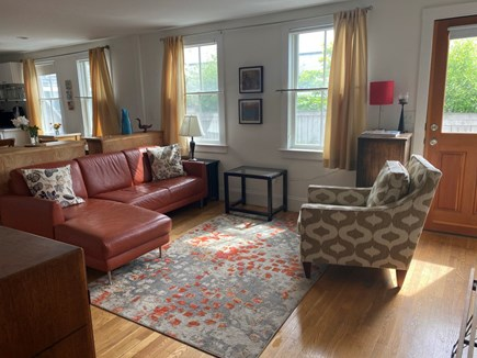 Provincetown, Near the center Cape Cod vacation rental - Living room