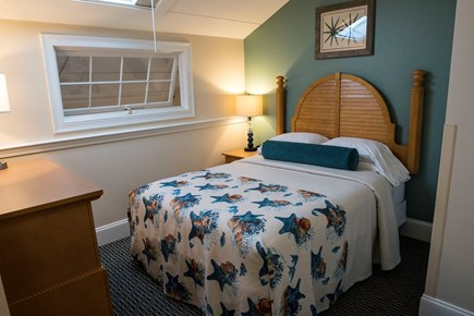 Yarmouth Cape Cod vacation rental - Upper level queen bedroom