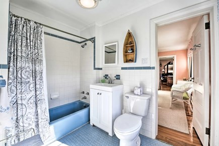 Hyannisport Cape Cod vacation rental - Bathroom 3