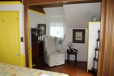 Wellfleet Cape Cod vacation rental - Sitting area in yellow room