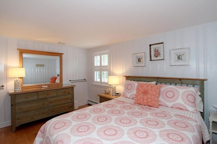 Mashpee, Popponesset Cape Cod vacation rental - Guest Bedroom 2 - Queen Bed