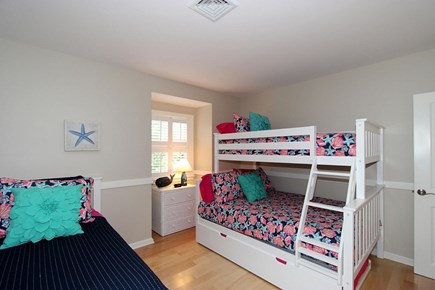 Mashpee, Popponesset Cape Cod vacation rental - Guest Bedroom 3 - Bunk Bed (full+twin) & Twin