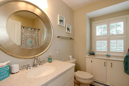 Popponesset Cape Cod vacation rental - Bathroom