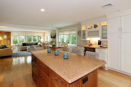 Mashpee, Popponesset Cape Cod vacation rental - Kitchen Island